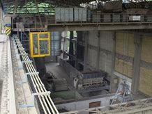 Prozesskrane in einem Zementwerk